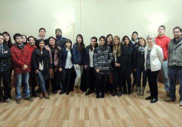 Angélica Zdunic se reúne con alumnos UDD y habla del psicólogo en la …