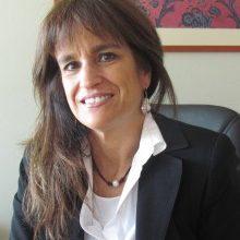 Decana Teresita Serrano es consultada por La Tercera y El Mercurio sobre cómo sobrellevar la muerte de un ser querido