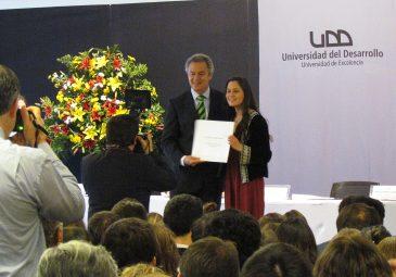 70 nuevos psicólogos obtienen su título en Santiago