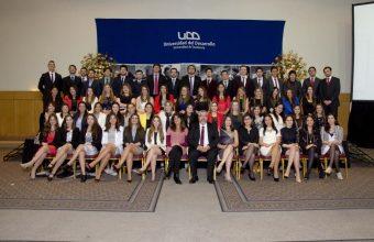 Psicología UDD Concepción celebró a nuevos profesionales en ceremonia de titulación