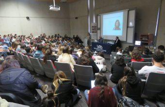 Más de un centenar de estudiantes participaron de Clase Magistral