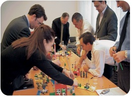 Docente MDO dictará workshop en Benchmarking de RRHH con Lego Serious Play ®