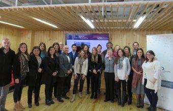 Investigaciones internacionales sobre trabajo en equipo se pusieron en práctica en taller para profesionales