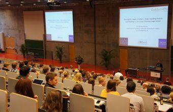 Dr. Gabriel Reyes presenta trabajos en Conferencia de la Sociedad Europea de Psicología Cognitiva en Alemania
