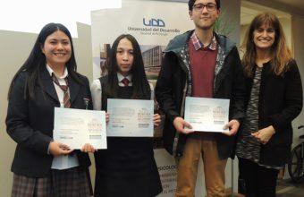 Psicología Concepción premió por octavo año a alumnos de 4to medio por participar en concurso de ensayos sobre su paso a la universidad
