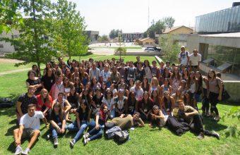 Estudiantes de Psicología 2018 construyen huerto inclusivo como parte de su Semana Puente