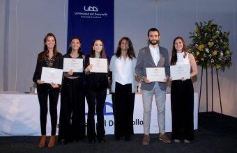 Docentes y estudiantes fueron reconocidos en Premiación Año Académico UDD 2017