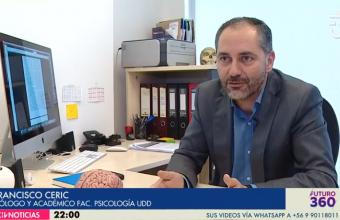 [CNN Chile- CHV] Dr. Francisco Ceric es consultado sobre la lectura en la era de las multiplataformas