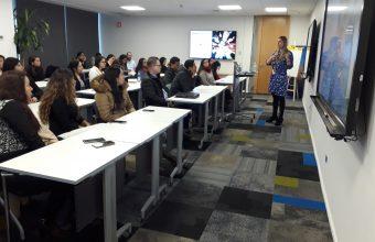 Estudiantes de Magíster en Desarrollo Organizacional de Perú conocieron cómo se trabaja el área de Recursos Humanos en Chile