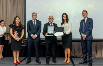 Daniel Soto es reconocido como mejor profesor de la Maestría en Desarrollo Organizacional de la U. del Pacífico Lima