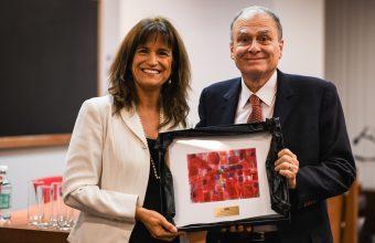 En emotiva ceremonia se entregó por segundo año el Premio Dr. Luis Tapia-Villanueva
