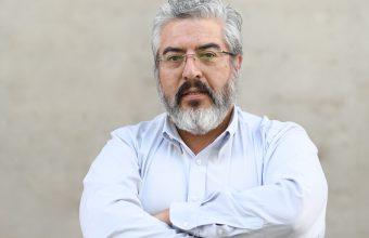 [TVN]  Fernando Reyes, consultado sobre reacción de chóferes por publicidad de 'La Llorona' en sus máquinas