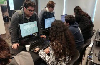 Estudiantes de diversas carreras investigaron efectos reales de fármacos en experimento durante Semana i